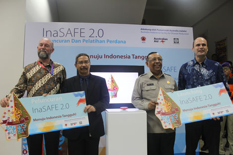 Pictured left to right: Jon Burrough, AIFDR Co-Director; Iwan Gunawan, World Bank; Dr Syamsul Maarif, Head of BNPB; Mr Jean-Bernard Carrasco, Australia's Minister Counsellor for Development Cooperation.